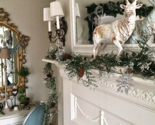 Christmas Mantle from Maison Decor