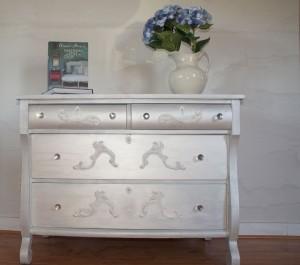 Chic Empire Dresser