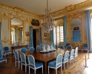 Swags at Versaille