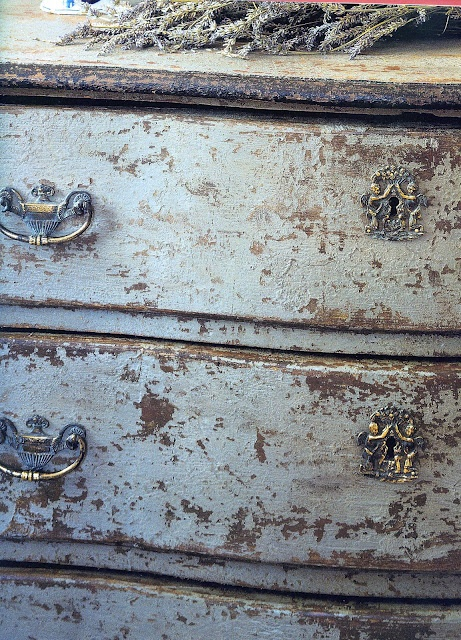 Making Patina…making new furniture look old