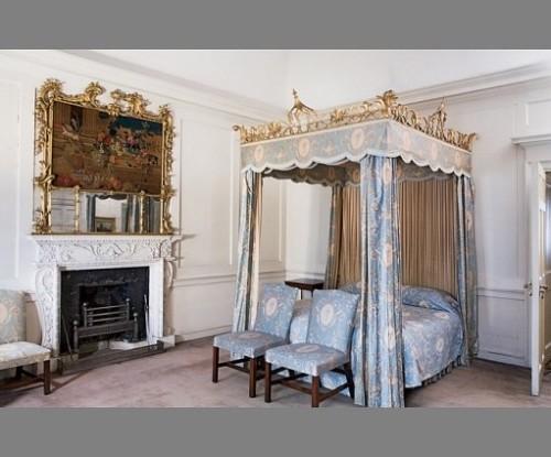 dumfries-houseg blue room