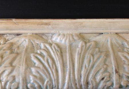 Acanthus moldings