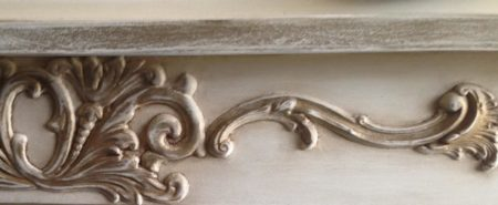 Pediments and swags moldings